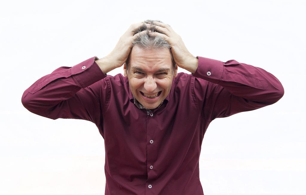 o estresse é um dos grandes vilões quando o assunto é queda de cabelo, sendo um dos motivos principais do problema