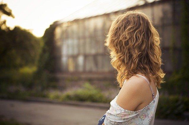 Luminus Hair é indicado para qualquer tipo de pessoa, por se tratar de um produto com fontes naturais de nutrientes