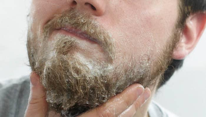 dicas para estimular o crescimento da barba esfoliação